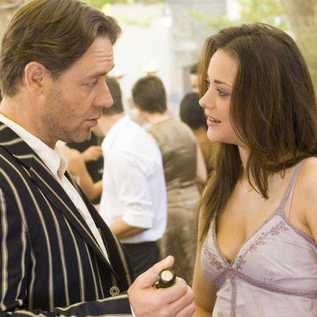 Recogiendo uvas en las mejores películas sobre el vino y la vendimia: 'Un buen año'