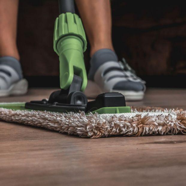 ¿Sabes con qué limpiar los distintos tipos de suelo?