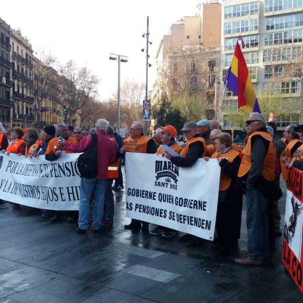 Concentración en Barcelona de la Coordinadora Estatal por el Sistema Público de Pensiones.
