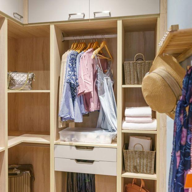 Los mejores elementos para mantener tu armario en orden