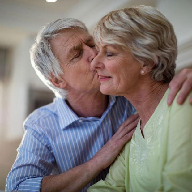 Se puede dar la mononucleosis o enfermedad del beso en personas mayores
