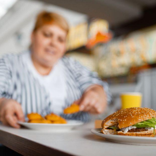 ¿Qué tipos de grasas deben evitar los mayores?