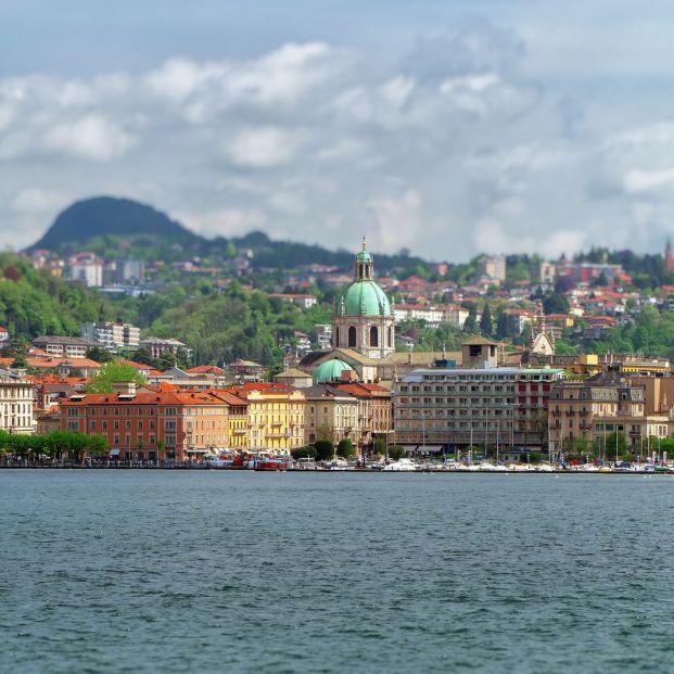 Visita Como y recorre el lago en barco