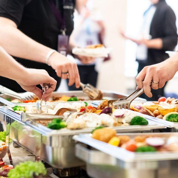 Consejos a tener en cuenta para comer sano en un buffet