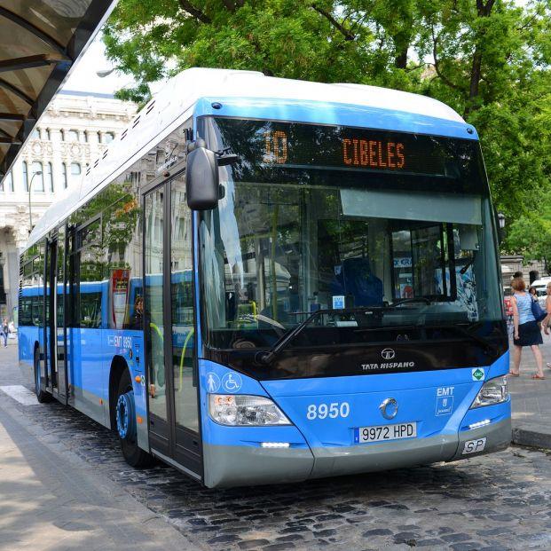 Los autobuses de Madrid admitirán por fin el pago con tarjeta