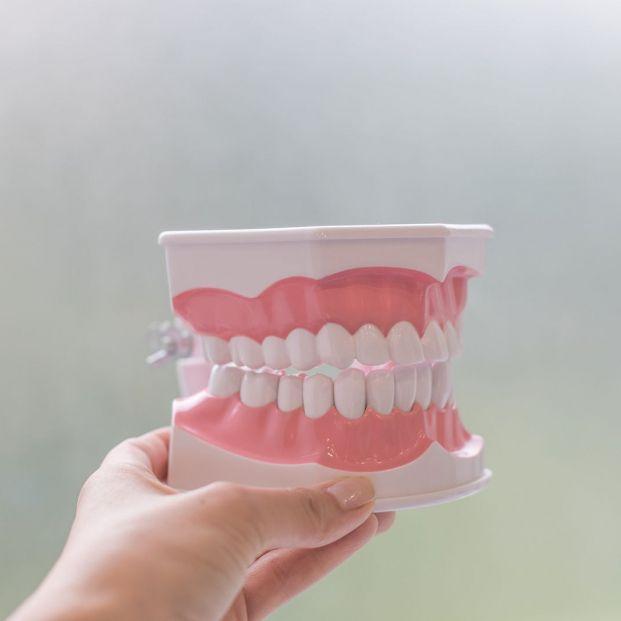 Las personas con periodontitis tienen un 60% más de riesgo de padecer hipertensión arterial
