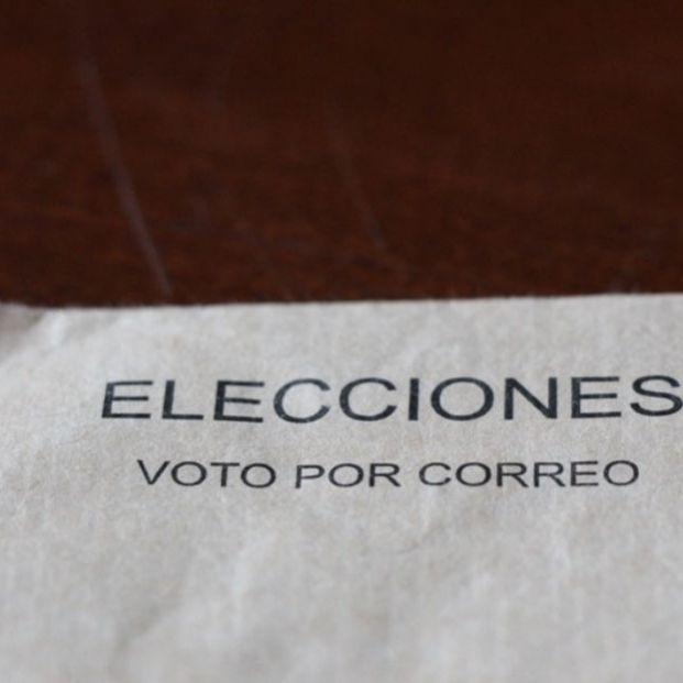 Papeleta de voto por correo (Europa Press)