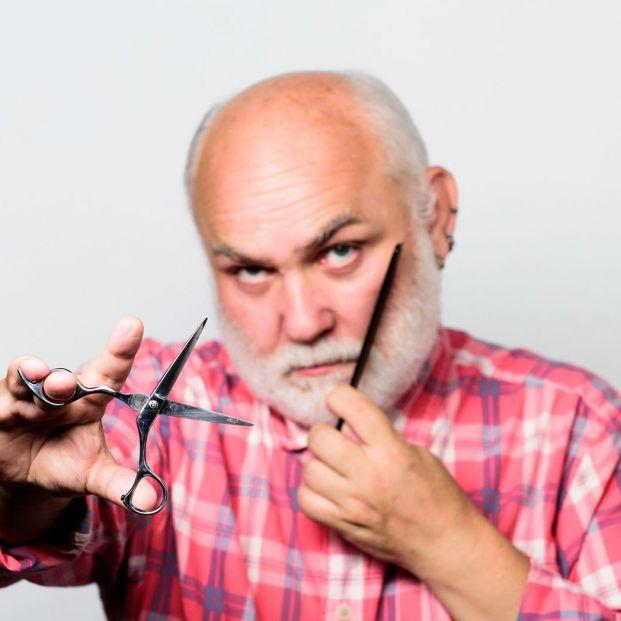 La maquinilla de afeitar diseñada especialmente para mayores