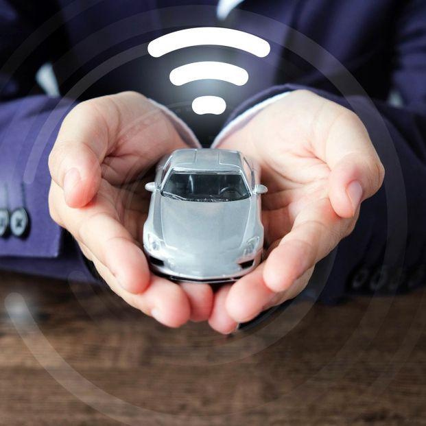 Cómo tener WiFi en el coche si este no viene de fábrica