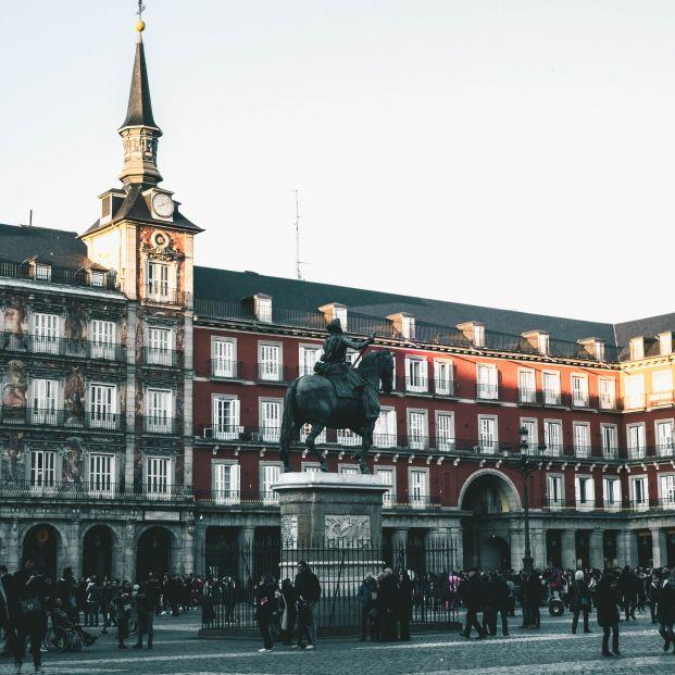 La fundación Updea organiza paseos históricos por la villa de Madrid.