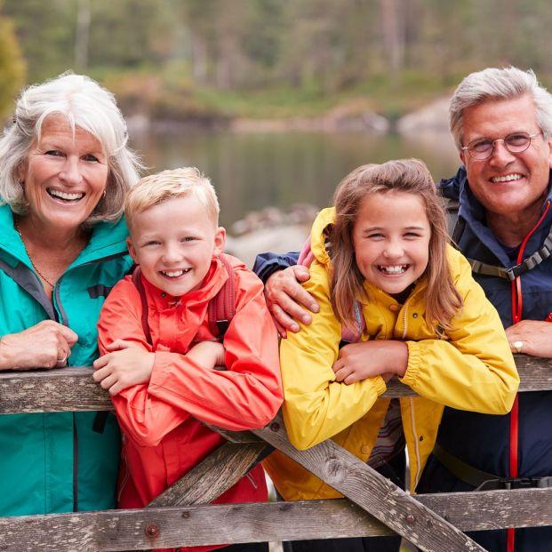 Una agencia española prepara viajes a medida para abuelos y nietos