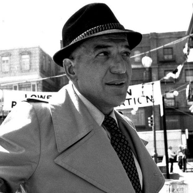 Grandes detectives.Telly Savalas como Kojak 1973