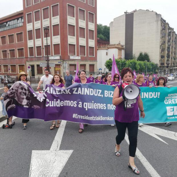 Las trabajadoras de residencias de Guipúzcoa comienzan una marcha para pedir mejores condiciones