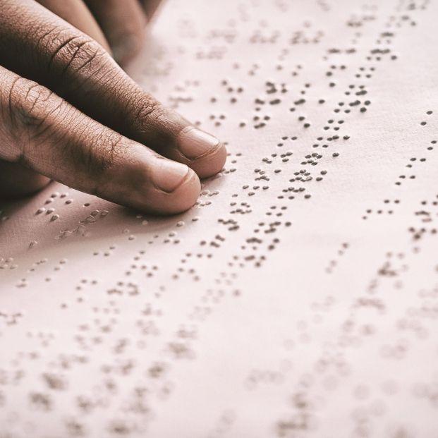 La ONCE abre sus 60.000 libros digitales a todos los ciegos del mundo