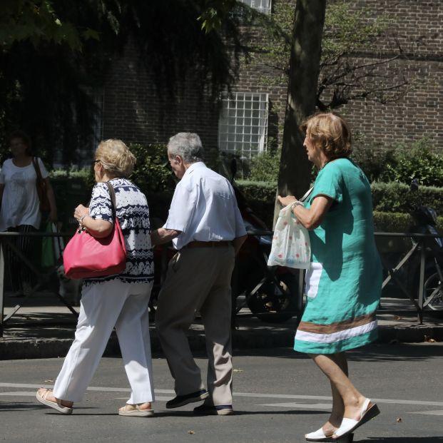 Los españoles opinan que los años aportan sabiduría