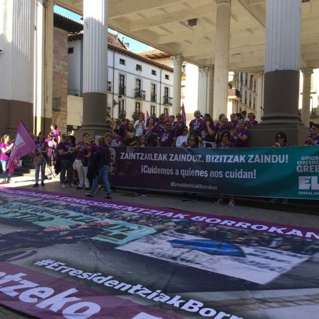 Los trabajadores de las residencias de Guipúzcoa, más de 100 días de huelga por un mejor convenio