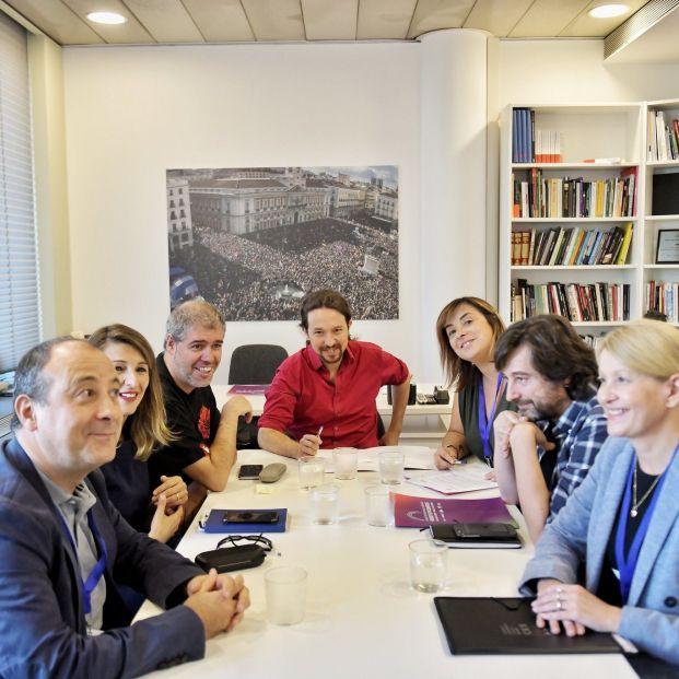 Reunión de Unidas Podemos con CCOO y UGT