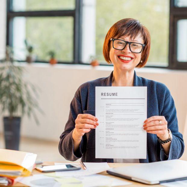 Cómo hacer un buen currículum vitae superados los 60