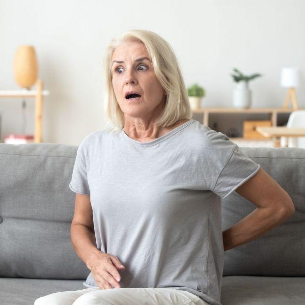 Qué deben hacer los mayores con dolores lumbares a la hora de irse a la cama