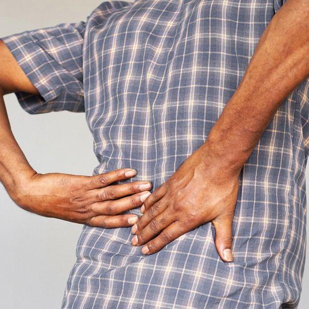 Cómo prevenir la formación de cálculos renales o piedras en el riñón