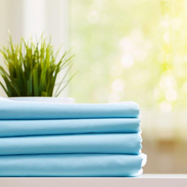 Consejos para doblar bien las sábanas y que queden sin arrugas
