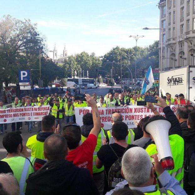 Trabajadores de Endesa en As Pontes reclaman soluciones ante la amenaza de cierre