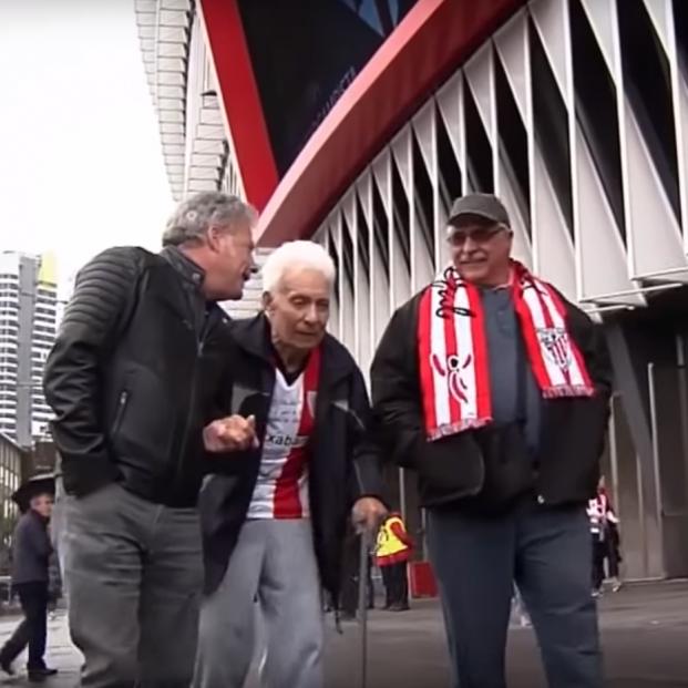 El viaje de 10.000 kilómetros de José Luis, de 92 años, para volver a ver jugar a su Athletic