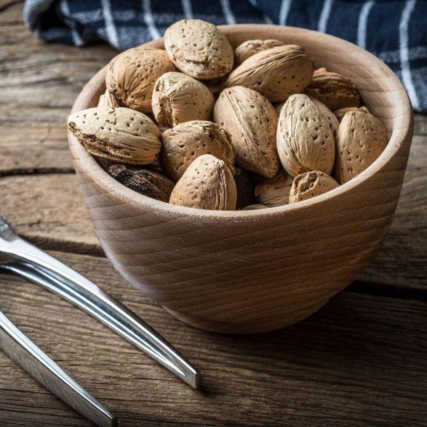 Los beneficios de incluir las almendras en la dieta de las personas mayores