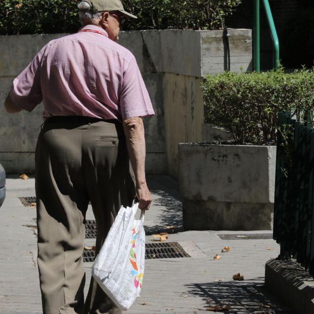 Los mayores, los que más se benefician de las prestaciones públicas