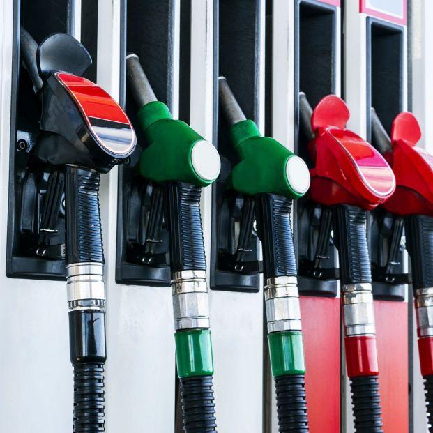 Cambio de nombre de los combustibles (bigstock)