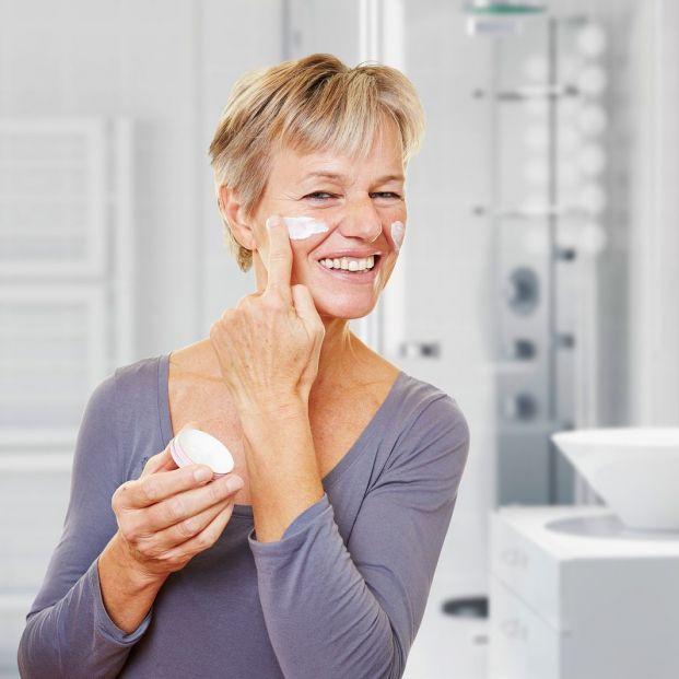 ¿Es necesaria la limpieza facial en las personas mayores?