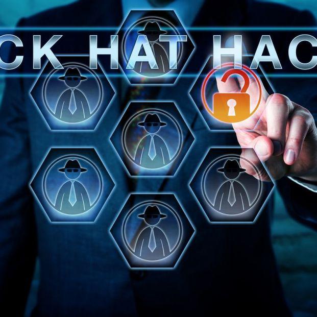"""Cómo mantenerse a salvo de los hackers de """"sombrero negro"""""""