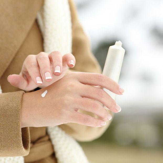 El frío también puede dañar la piel de los mayores. ¿Cómo cuidarla en los próximos meses?