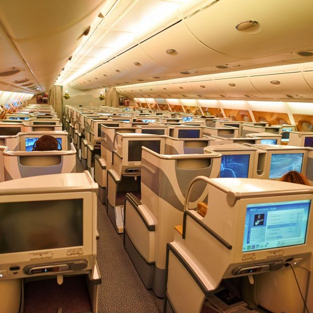 Interior de la business class del Airbus A380 (Bigstock)