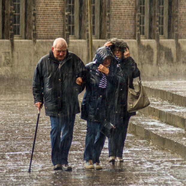 Qué debes hacer si te mojas con la lluvia para evitar un resfriado