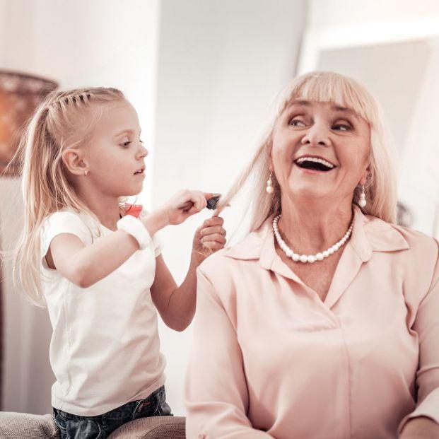 Cómo proteger el pelo de los mayores de la contaminación y de otros factores externos