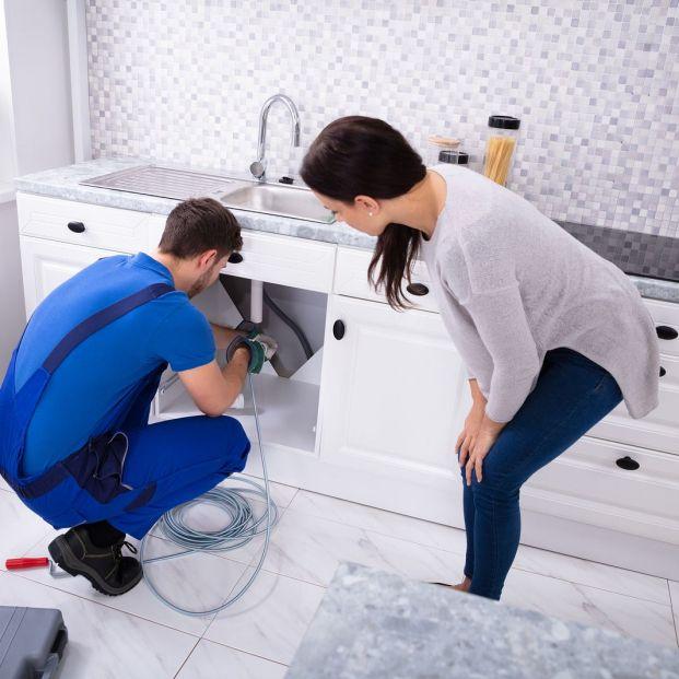 Estos son tus derechos (igual los desconocías) ante los servicios de reparación en el hogar