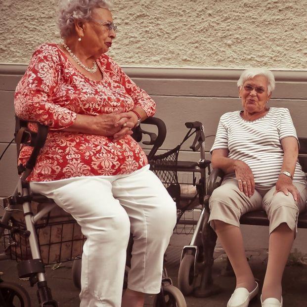 Tener una pensión suficiente, clave para envejecer en salud