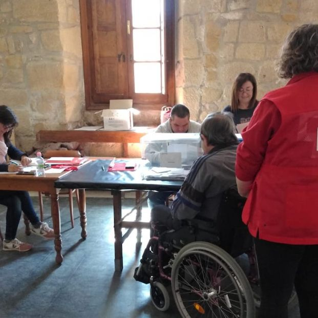 Voto Accesible 10N: Las trabas para votar de las personas mayores con algún tipo de discapacidad