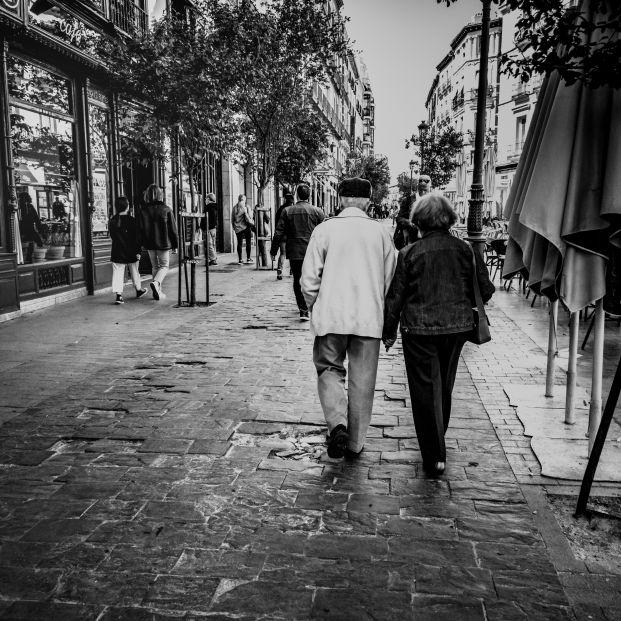 UDP y CEOMA exigen que el criterio para desconfinar a los mayores no los discrimine por edad