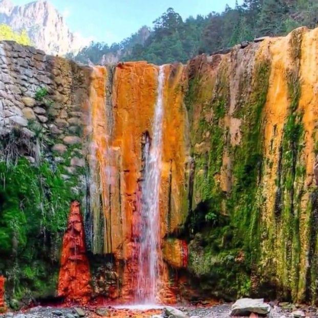 Cascada de Colores (La Palma)