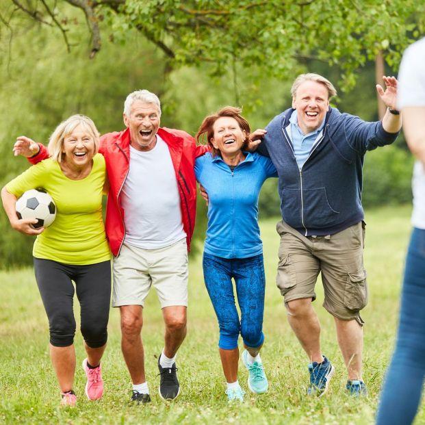 Se puede jugar al fútbol a partir de los 55 años (BigStock)