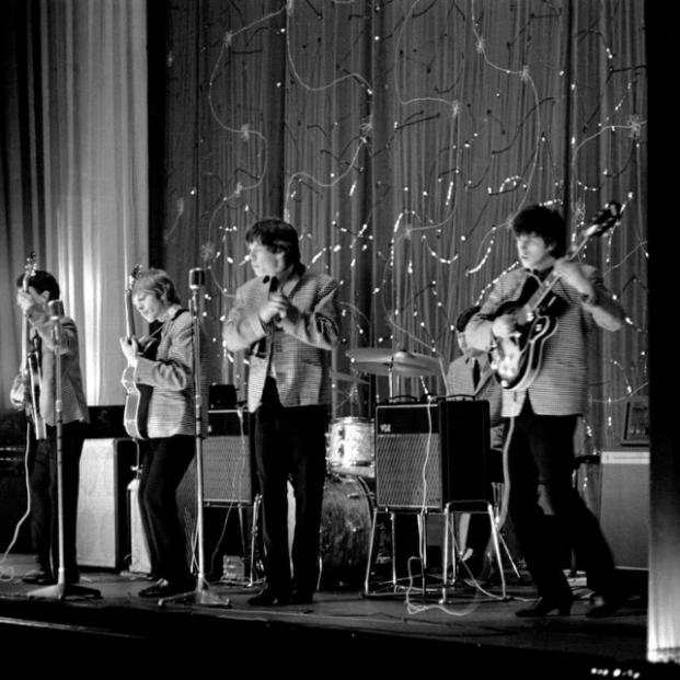 Salen a la luz fotografías inéditas primera gira de los Rolling Stones en 1963 - GUS CORAL / ZEBRAONEGALLERY.COM