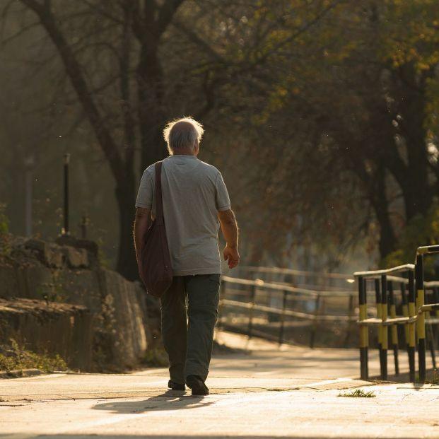 El Ayuntamiento de Logroño anima a los mayores a participar en el proyecto 'Ciudades Amigables' (bigstock)