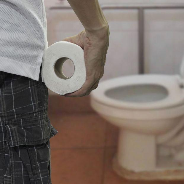 La acumulación de heces por estreñimiento podría provocar una incontinencia fecal