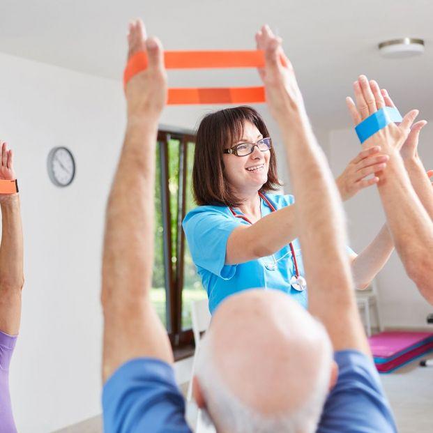Razones por las que la fisioterapia debe formar parte del tratamiento de cualquier demencia