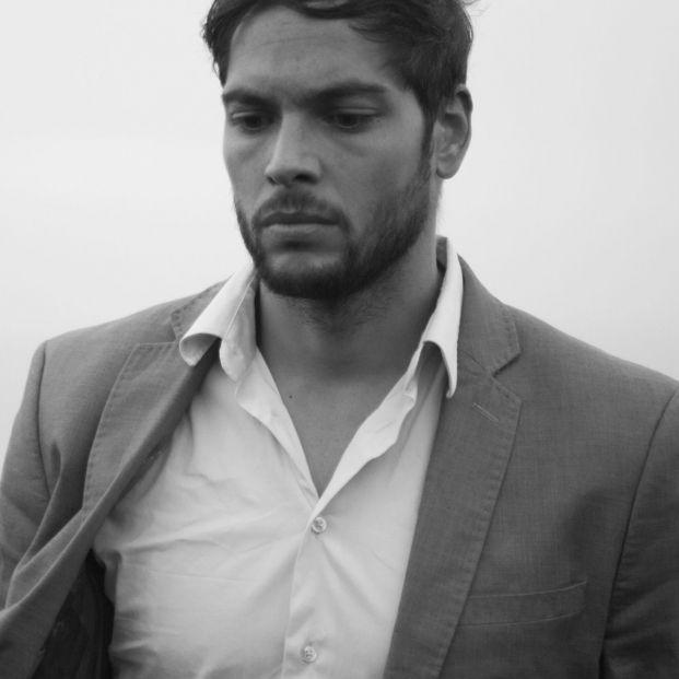 """La denuncia del actor Román Reyes: """"Mi madre se ha suicidado. El Estado le dio la espalda"""""""