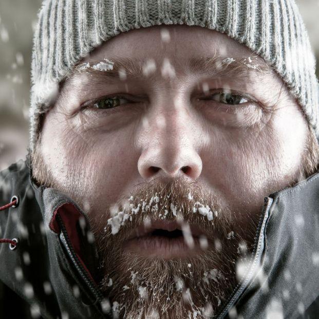 Esto es lo que debe hacer una persona mayor para protegerse de una hipotermia