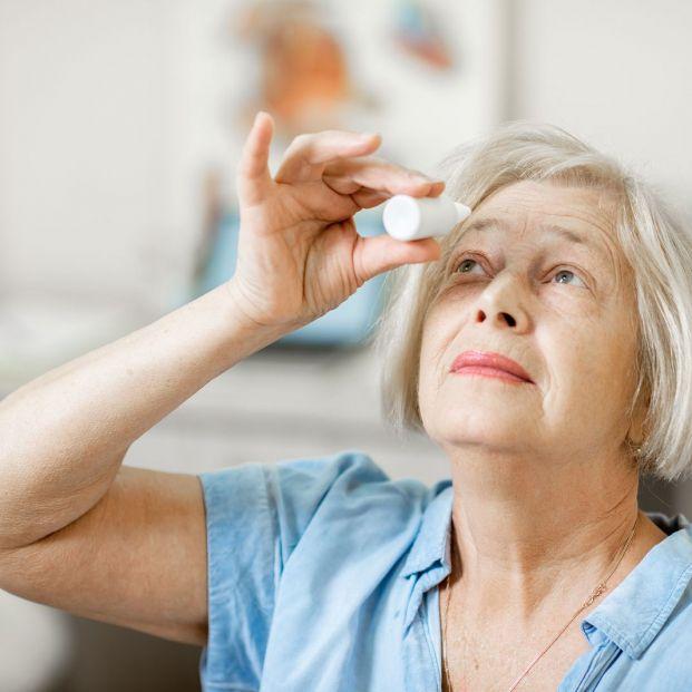 La contaminación también supone una amenaza para la salud ocular de los mayores