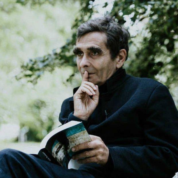 Retrospectiva de Adolfo Domínguez, el diseñador que apuesta por la costura sostenible